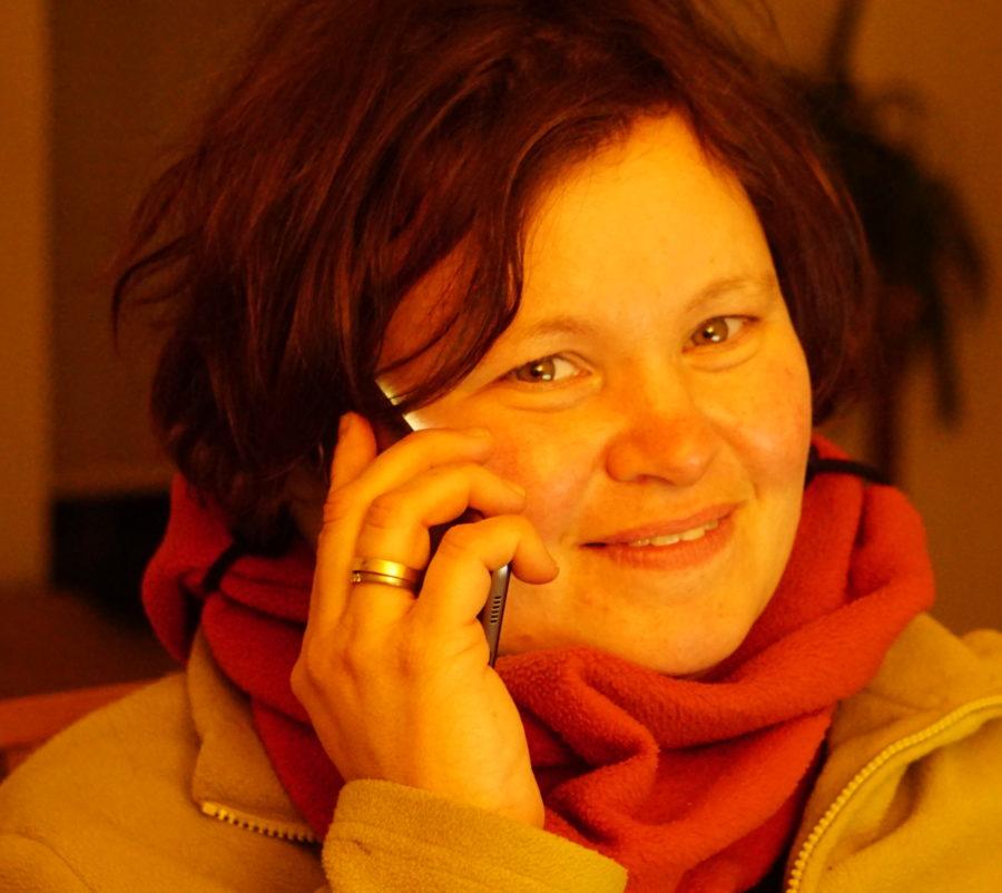 Lea Engeling, die Ansprechpartnerin bei HelferhundeAllerlei.  Telefon: 0151-59878007